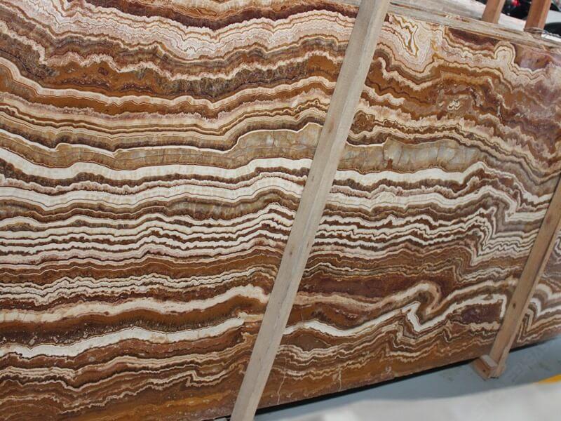 straight vein tiger onyx slab