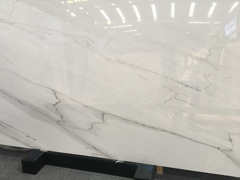 Calacatta Lincoln Marble Close up