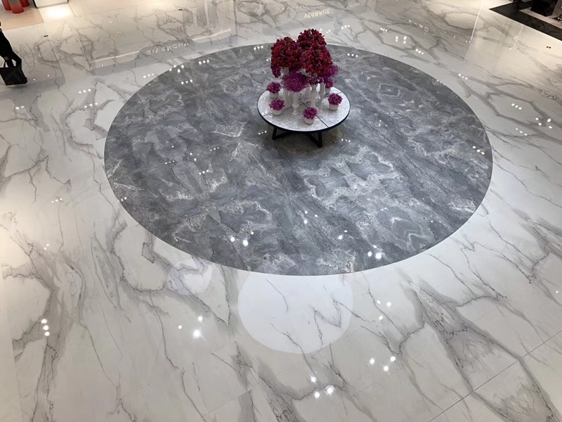 Polished Flooring Tiles of Calacatta Lincoln