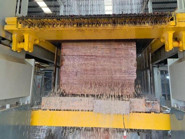 Cutting Slabs from Red Travertine Blocks