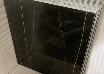 polished sahara noir tile