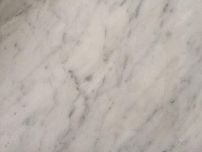 carrara marble detail